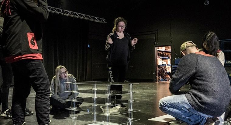 Sceneproduktion og opsætning